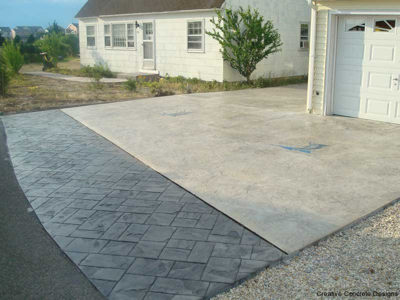 Decorative 2-Tone Concrete Driveway in South Jersey
